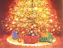 Kort med motiva av en lysende, pyntet julegran med gaver under. Bilde.