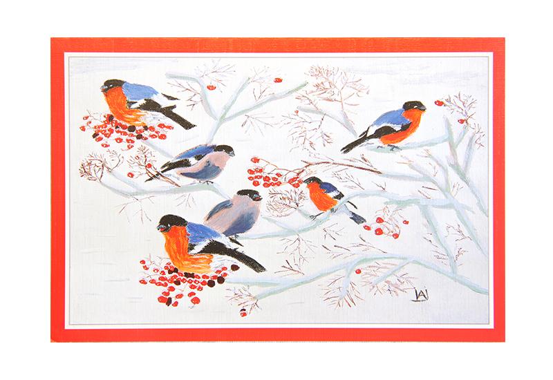Kort med motiv av småfugler i et rognebærtre på vinterstid. Bilde.