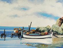 Motiv av to små fiskebåter ved en strand med skjær bak. Bilde.