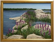 Originalmaleri av munnmaler Sigrid Slora. Naturmotiv med svaberg, rosa blomster og vann. Bilde.