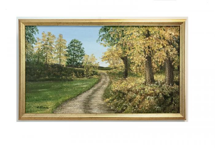 Originalmaleri av munnmaler Sigrid Slora. Naturmotiv med trær og en liten vei. Bilde.
